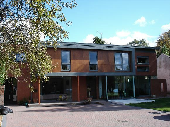 Architect designed 5 bed detached modern house.
