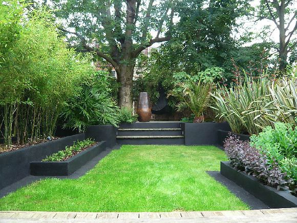 Stylishly modernised four bedroom victorian terrace house for Victorian terraced house garden design