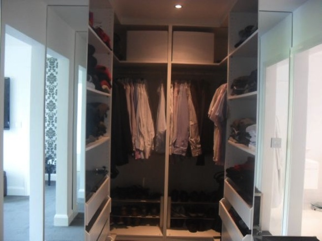 Master bedroom with ensuite and walk in wardrobe in large for Master bedroom with ensuite and walk in wardrobe